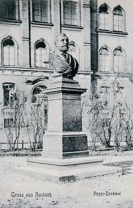 Das zerstörte Paul-Pogge-Denkmal in Rostock von Ludwig Brunow
